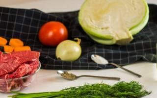 Как правильно тушить капусту на сковороде с мясом