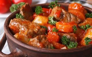 Как приготовить гуляш из свинины с подливкой рецепт