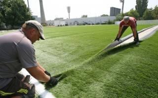 Как закрепить искусственный газон