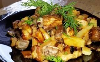 Как пожарить грибы с картошкой на сковороде с луком