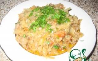 Как потушить капусту в сковороде с фаршем и томатной пастой