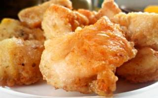 Как вкусно пожарить куриные окорочка на сковороде
