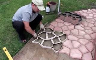 Из чего делают формы для тротуарной плитки